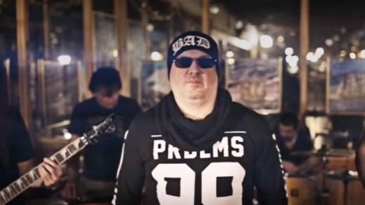 Siniša Vuco predstavio spot za svoj novi singl 'Ruža'