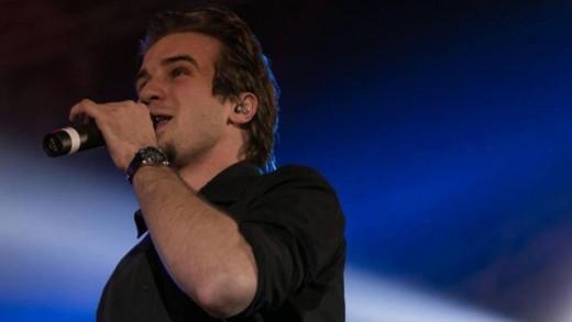 Dominik objavio novi singl, ljubavnu baladu 'Poljubi me'
