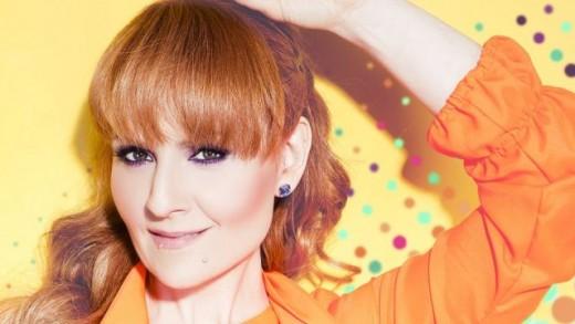 Aleksandra Kovač objavila spot za hit 'Vrtiš me u krug'