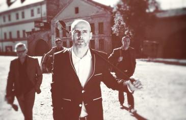 Ivan Zak Kumovima napisao dirljivu ljubavnu baladu