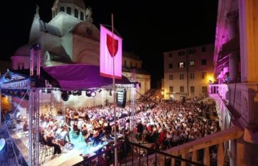 Festival dalmatinske šansone slavi 20 godina koncertom u Lisinskom