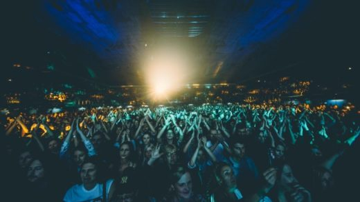 Spektakularni koncert Plavog orkestra u rasprodanom Domu sportova