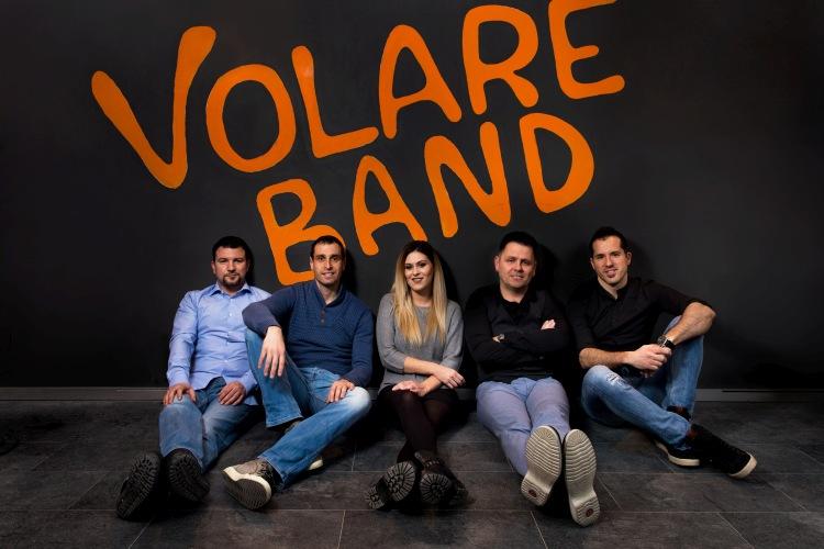 """Splitski bend Volare predstavio prvijenac """"Lud za tobom"""""""