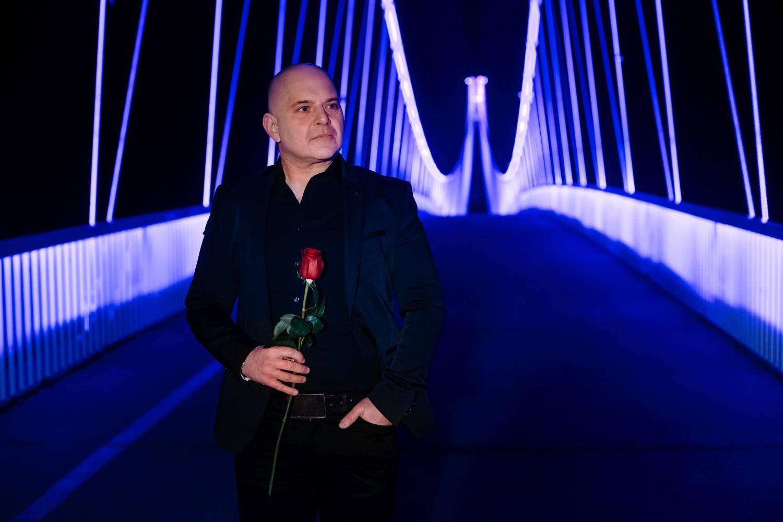 """Novim singlom """"Istina u tami"""" Igor Delač završava svoju """"Trilogiju o ljubavi"""""""