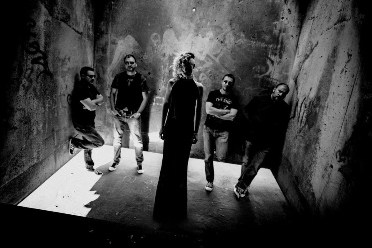 """""""Ti"""", nova pjesma grupe Markiz koja sa sjajnim funky grooveom najavljuje četvrti album!"""