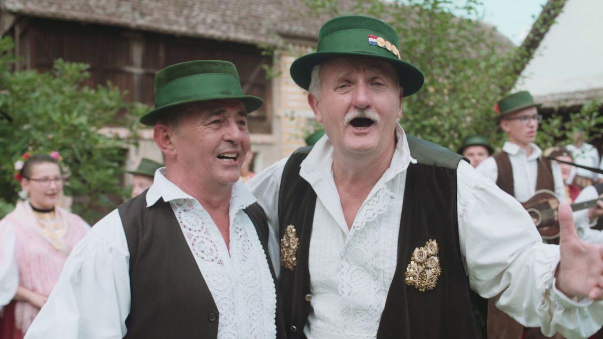 Slavonske legende Šima Jovanovac i Darko Ergotić opjevale Šokadiju u zajedničkoj pjesmi!