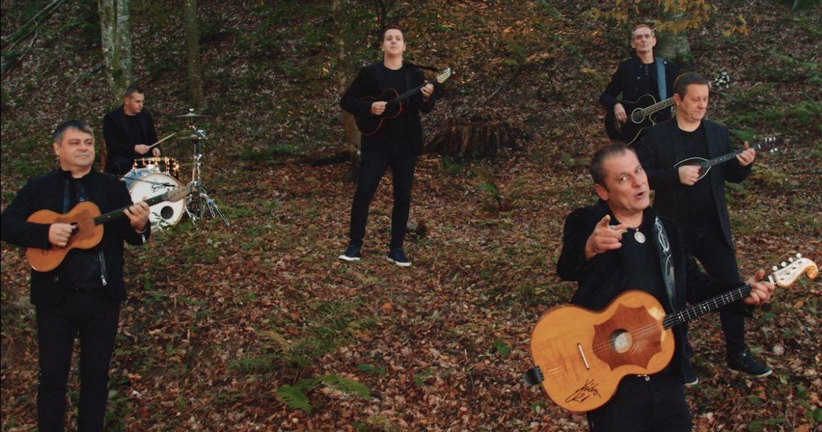 """Tamburaške zvijezde Slavonia Band pjesmom """"Dalje od mene"""" najavile novi album!"""