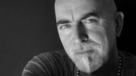 Crvena Jabuka najavljuje novi singl posvećen Davoru Papiću