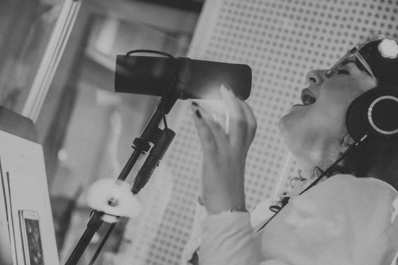 "Zrinka Posavec otkrila svoju ""Ružu"" – prvi singl i spot s nadolazećeg world music albuma"