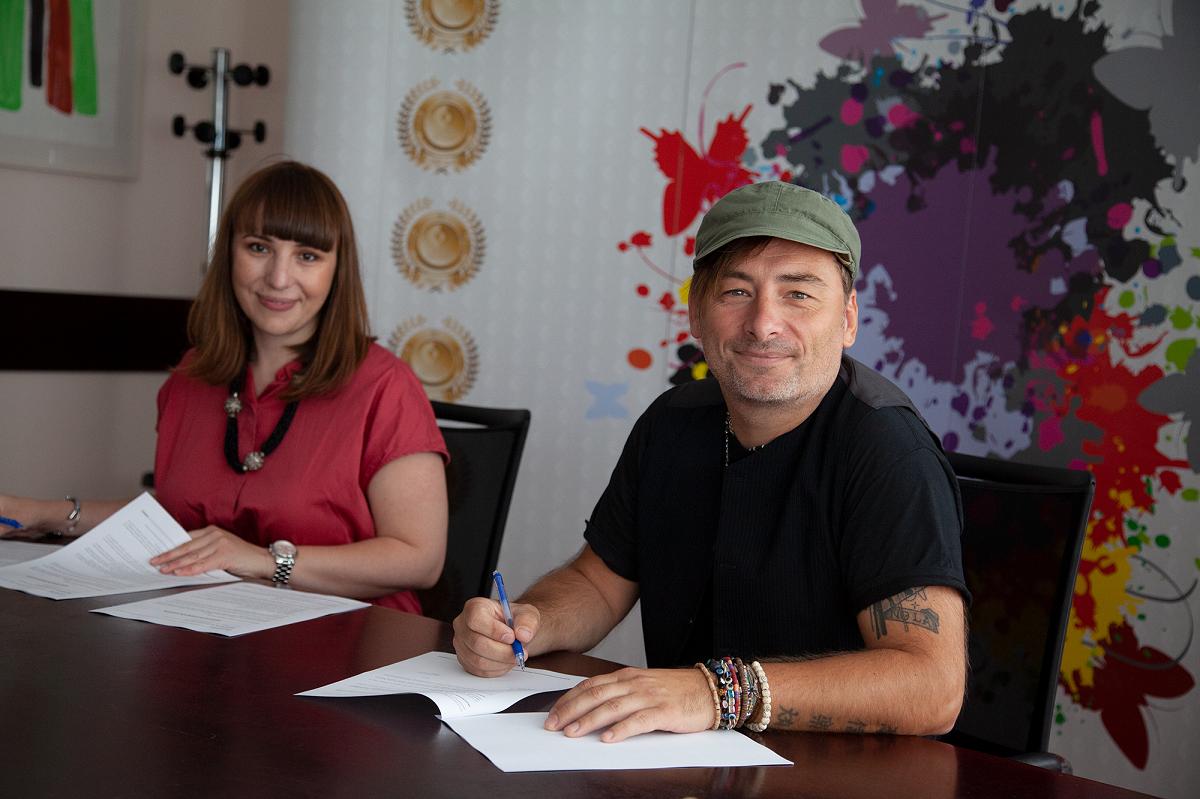 Zdravko Valentin potpisao ekskluzivni ugovor s diskografskom kućom Croatia Records